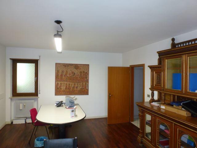 Ufficio in vendita bolzano gries corso italia via duca for Vendesi ufficio roma