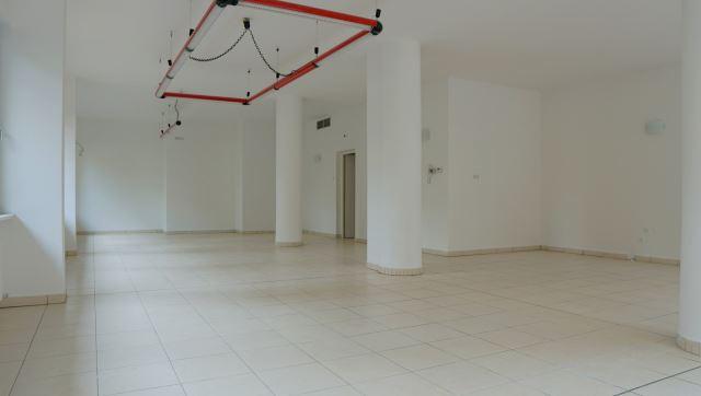 negozio---attività-commerciale-in-affitto-locazione---bolzano-2